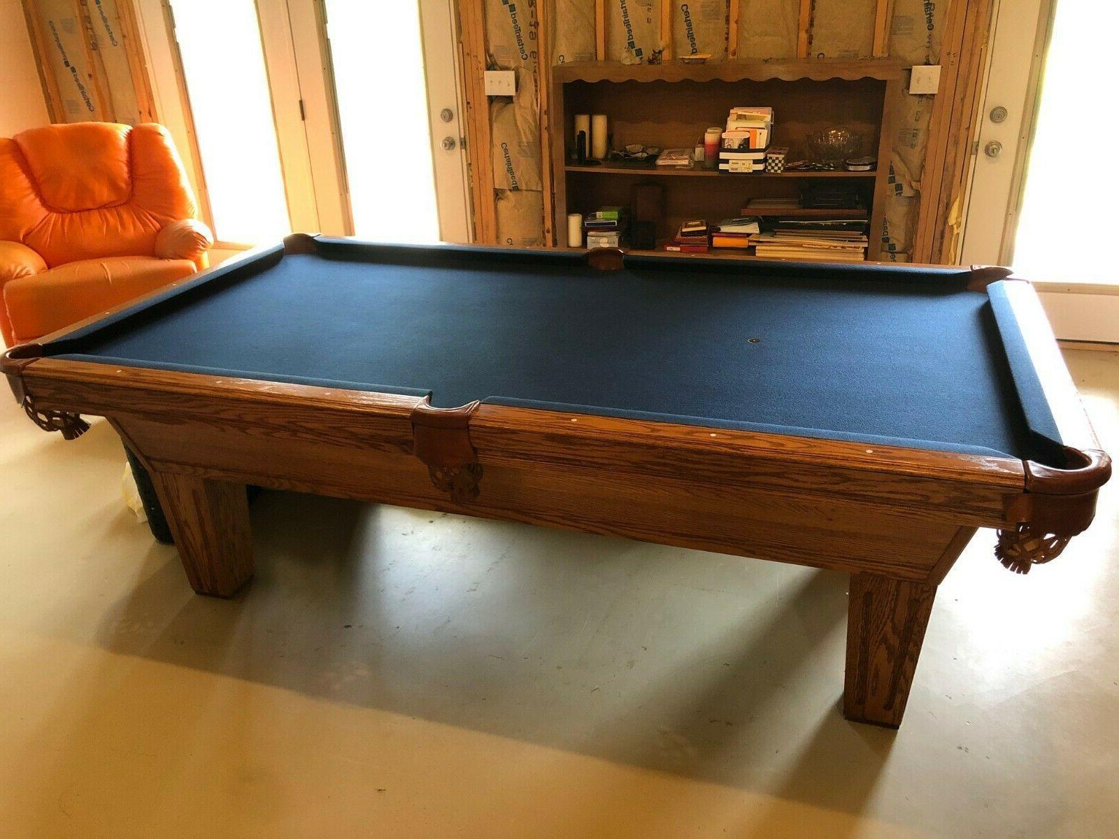 8 keystone oak pool table w accessories