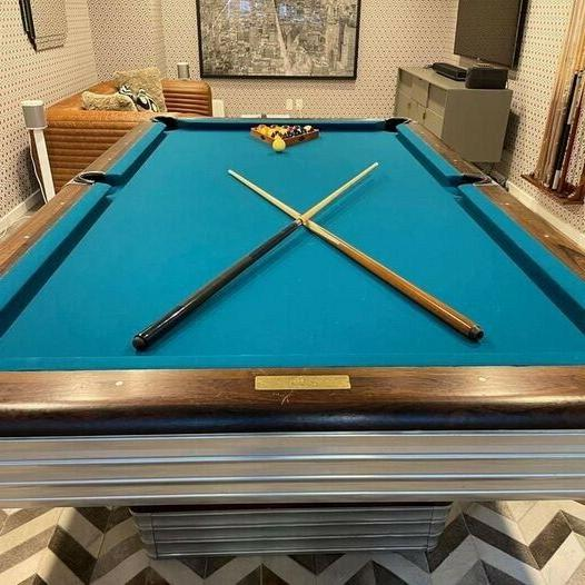centennial pool table excellent condition