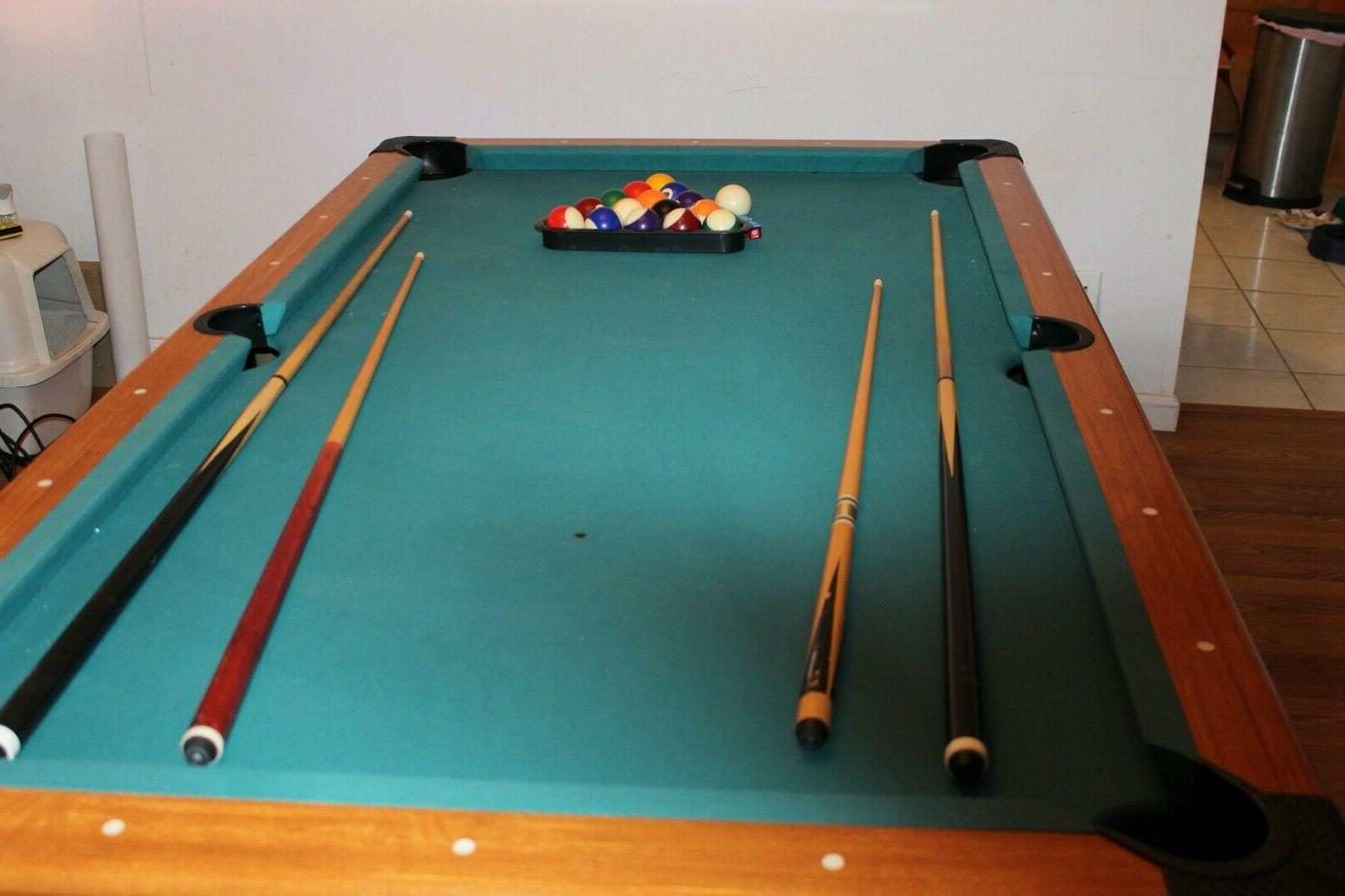 Harvard pool table in great condition  5/8 L -43 1/2